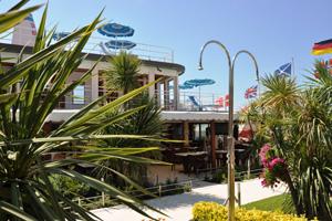 Bagno sole hotel pineta mare hotel e stabilimento balneare a lido di camaiore - Bagno sole lido di camaiore ...