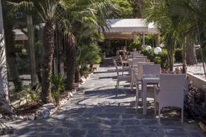 Hotel pineta mare a lido di camaiore hotel 3 stelle vicino al mare con spiaggia privata - Bagno sole lido di camaiore ...